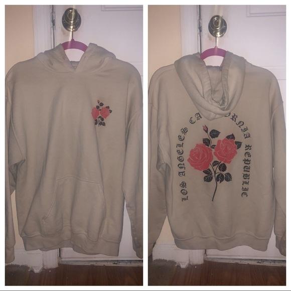 Shirts Artist Union Medium Hoodie Rose Style Poshmark
